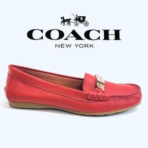 Coach🌺NWOT Pink leather Olive loafers Size 7.5